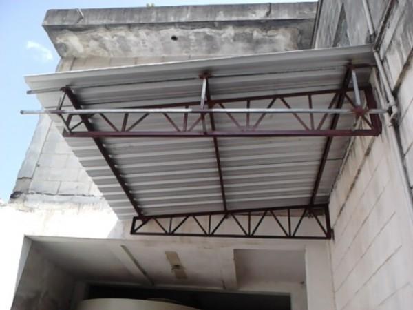 Fabricação, Instalação e Manutenção de Corrimãos, Portões, Coberturas, Estruturas Metalicas, Fabricação de varios tipos de peças em ferro e aço inox